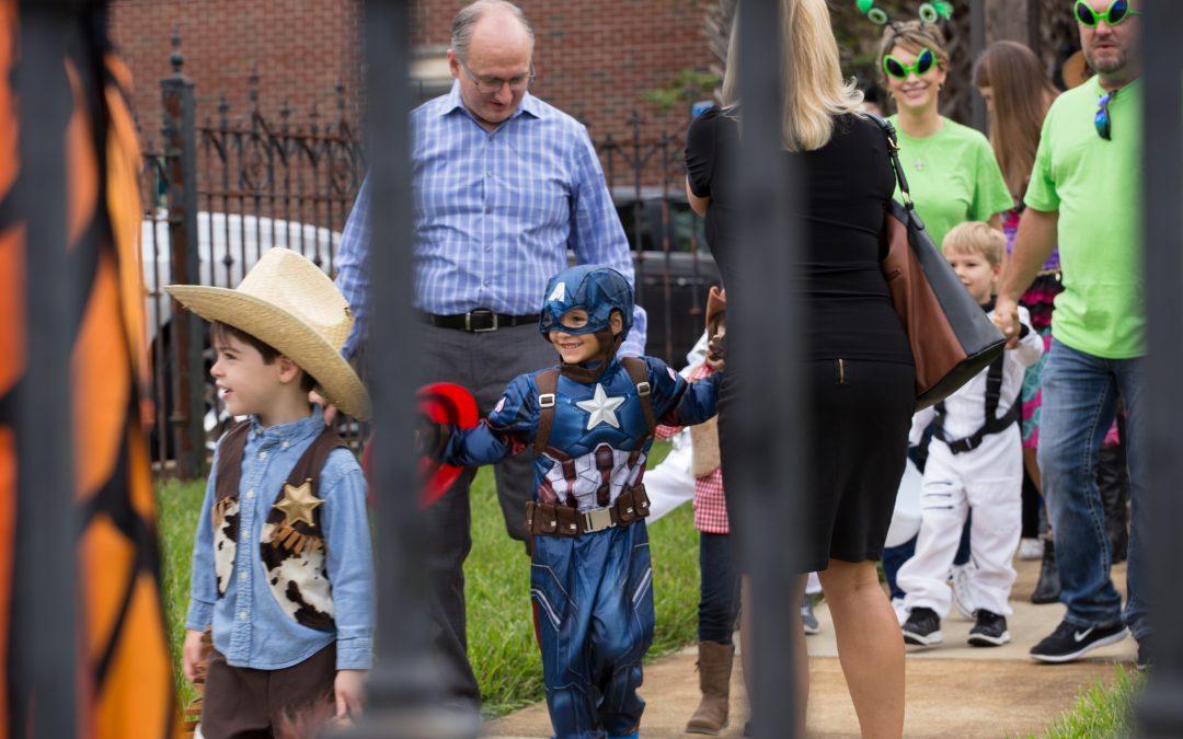 Trinity's Annual Costume Parade: 2016 Edition